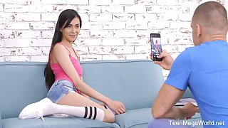 Skinny aphoristic tittied girlfriend Ashely Ocean gives a blowjob and gets her end b disengage creampied